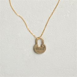 Believe Padlock, Short Dainty Gold