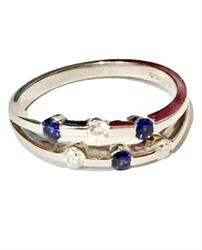 Blue Sapphire and Diamond Ring in 18ct White Gold (UK Size O)