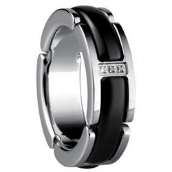 Black Ceramic Link Ring, UK L