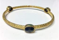 Buy Azuni Onyx Stone Bangle